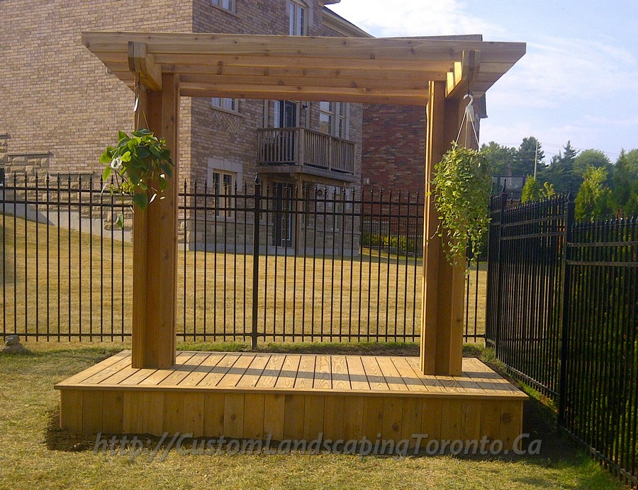 Custom Landscaping Toronto cedar deck and pergola01 Project Galleries